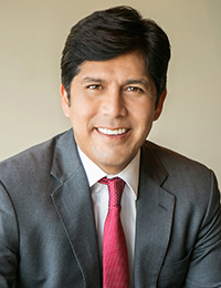 Photo of Senate President pro Tem Kevin de León